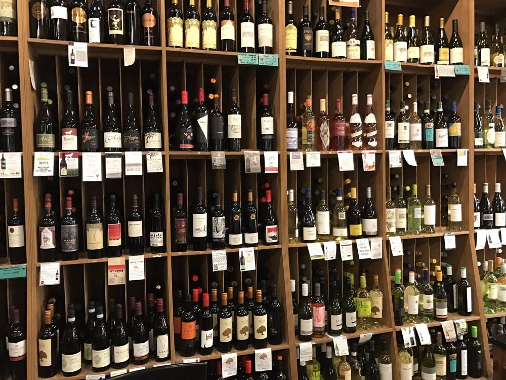 Learn more about Giolitti Deli's hand-picked wine selections!