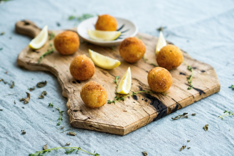 Learn about arancini and suppli, the famous Italian rice balls!